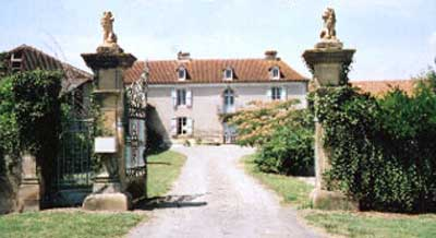 French farmhouse available for holiday let